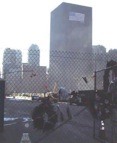 01c31006 NYC Ground Zero.JPG (28600 bytes)