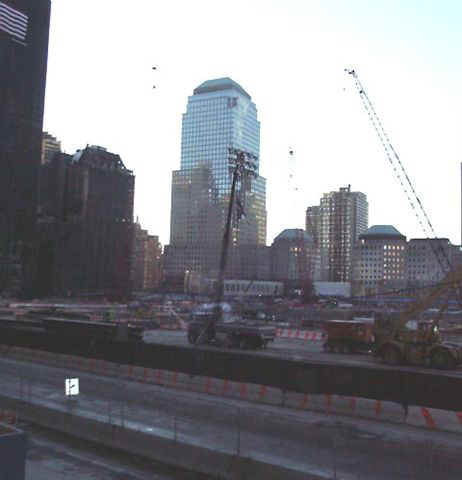 01c31024 NYC Ground Zero.JPG (26457 bytes)