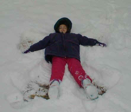02103011 Snow Angel Emma.jpg (32459 bytes)