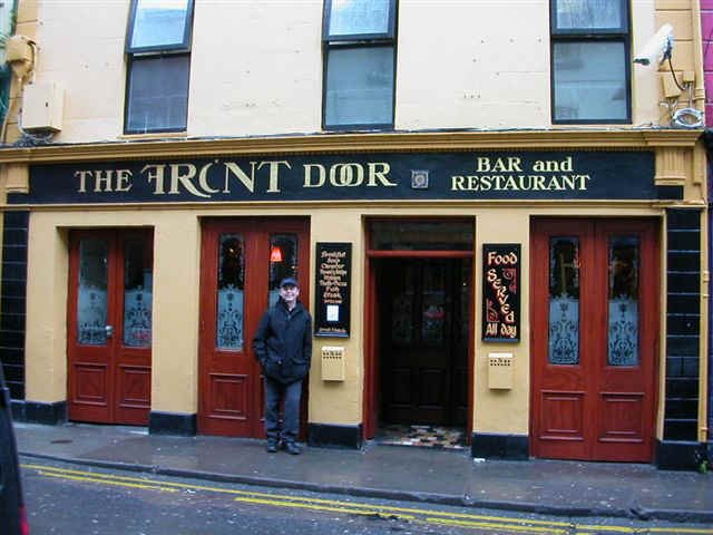 060116 (5) SNN Galway The Front Door Tony.JPG (69754 bytes)