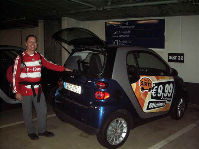 071001 (00) FRA Tony SIXTI Smart Car.JPG (55643 bytes)